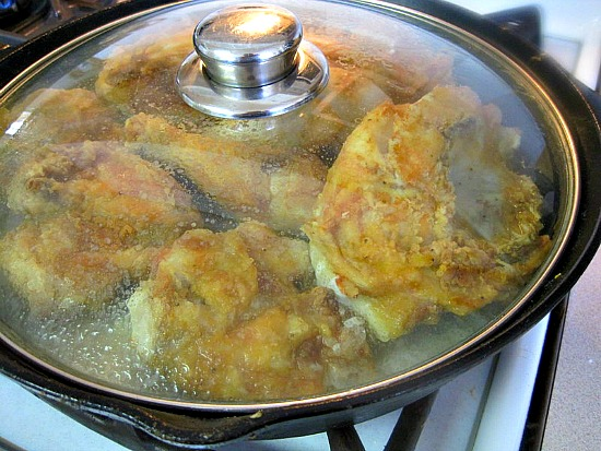 Steaming the fried chicken