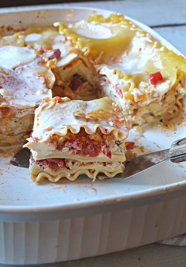 Chicken lasagna recipe with three cheeses