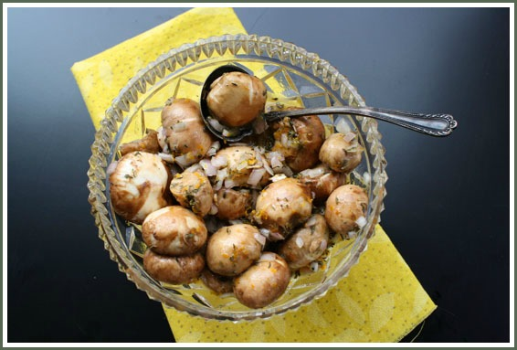 Marinated Mushrooms Appetizer
