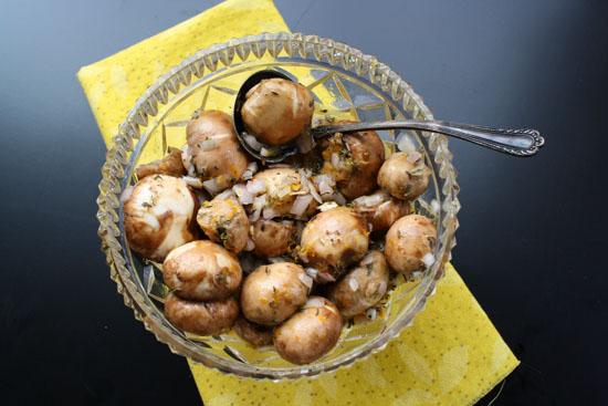 Easy mushroom appetizer. Mushrooms are marinate4d in citrus. Orange juice and orange zest.