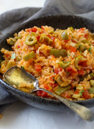 Mexican Green Rice with bell peppers, green olives and tomatoes