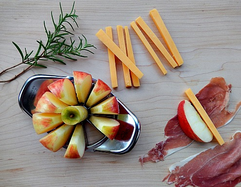 Easy Apple Appetizer
