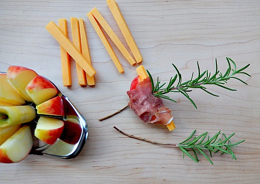 Apple appetizer with Rosemary
