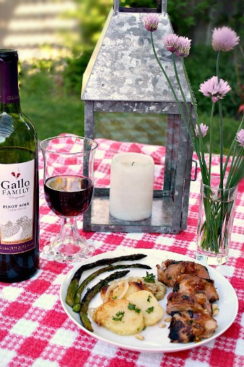 Grilled Pork Tenderloin with Zinfandel Glaze Recipe for Father's Day
