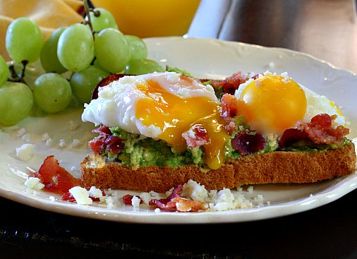 Poached egg sandwich with avocado