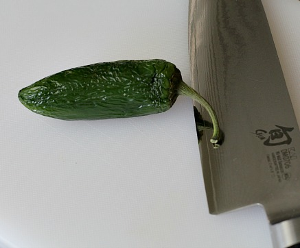 easy way to deseed and devein a jalapeno