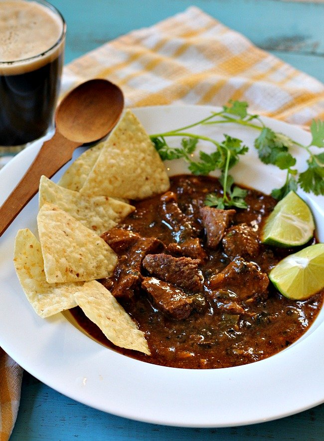 Anthony Bourdaine's Hatch chile beef chili recipe made with pot roast