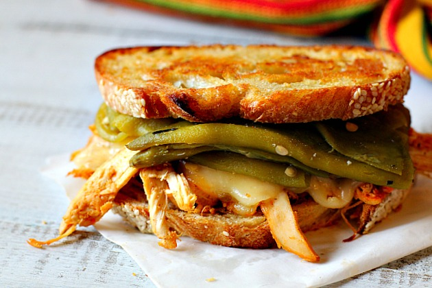 Pueblo Chile Chicken Sandwich