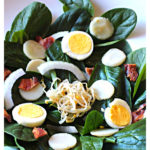 Crunchy spinach salad with